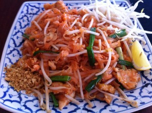 Delicious Pad Thai at new Santa Cruz restaurant Sawasdee by the Sea
